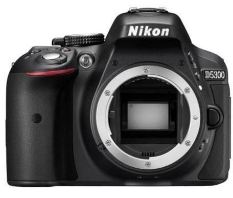 Fotoaparát zrcad. Nikon D5300 tělo